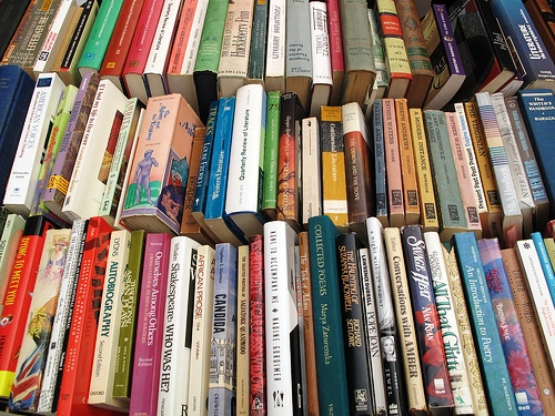 Book_Sale 500x375